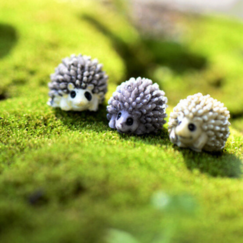NEW Hot Sale Mini Miniature Animal Small Hedgehog Micro Landscape Dollhouse Decor Resin Diy Garden Ornament Color Random 6 Pcs