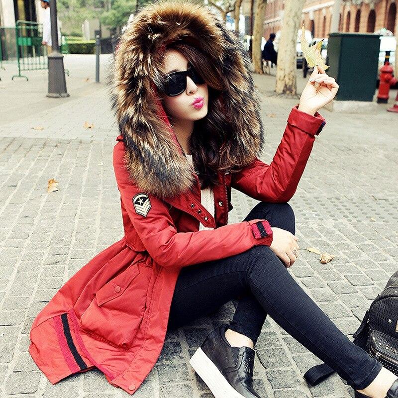 2018 Hot Europäischen 100% Waschbären Pelzkragen Jacke Unten Warme Hohe Qualität Dick Schlank Winterjacke Frauen Parka Plus Größe Wuj0284 Schnelle Farbe