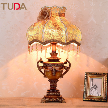 TUDA LED Table Lamp European Fabric Table Lamp Bedroom Bedside Living Room Study Retro Resin Table Lamp E27 110V 220V