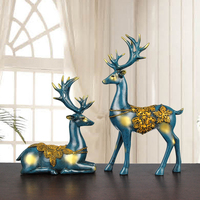 Home Decoration Accessories Elk Figurines Resin Statue for Bedroom Statues for Decoration Sculpture Vintage Home Decor Garden