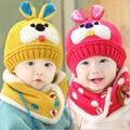 2015 hot venta Baby Set sombrero de invierno con bufanda del calentador del cuello lindos del conejo para niños niñas niños niños de terciopelo grueso casquillo de la nieve caliente
