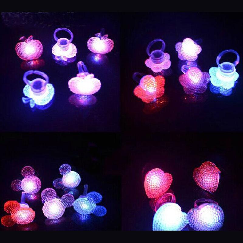 Envío gratis 100 unids/lote LED Parpadeante Anillo de cumpleaños de los niños ju