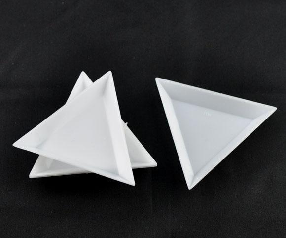 DoreenBeads 20 White Plastic Triangular Sorting Trays 64x73x10mm (B09156)