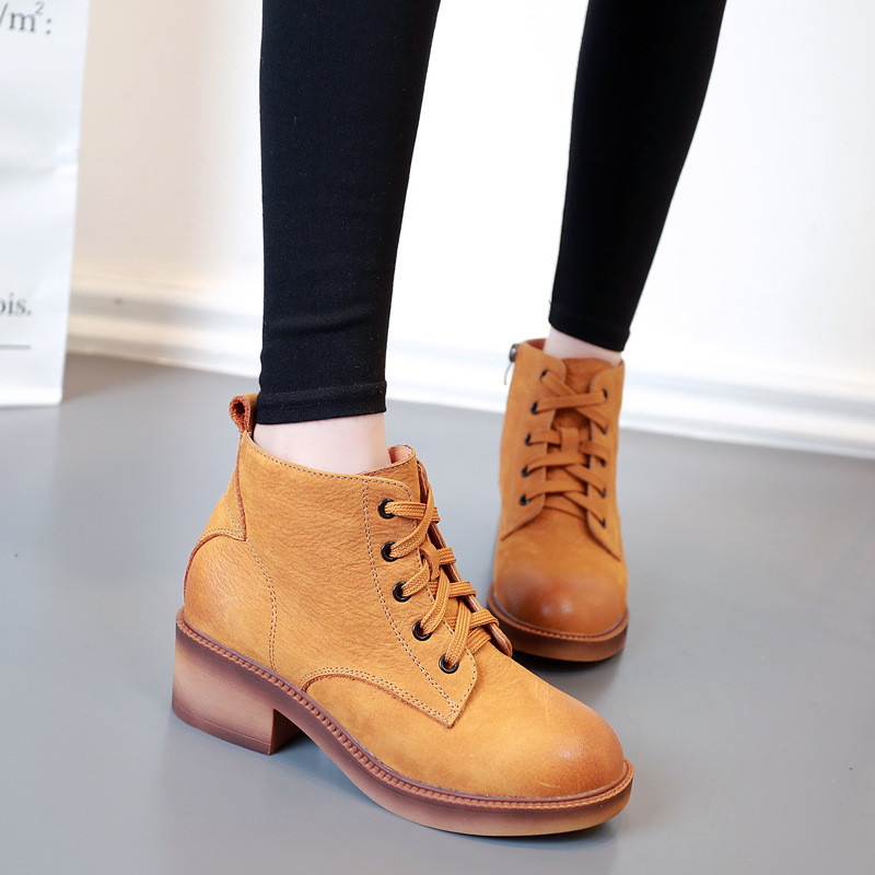 2016 Autumn and Winter leather female round head Martin boots with side zipper and waterproof platform