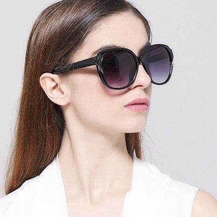 IVE Chaude Nouvelle Mode lunettes de Soleil Femmes Marque Designer Vintage  Lunettes de Soleil Femme Classique Rétro Lunettes Oculos De Sol KD9552 d2dc709034d