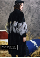 Accractive Style Merino Sheep Fur Overcoat Warm Winter Long Fur Jacket With Silver Fox Fur Decoration High Standard