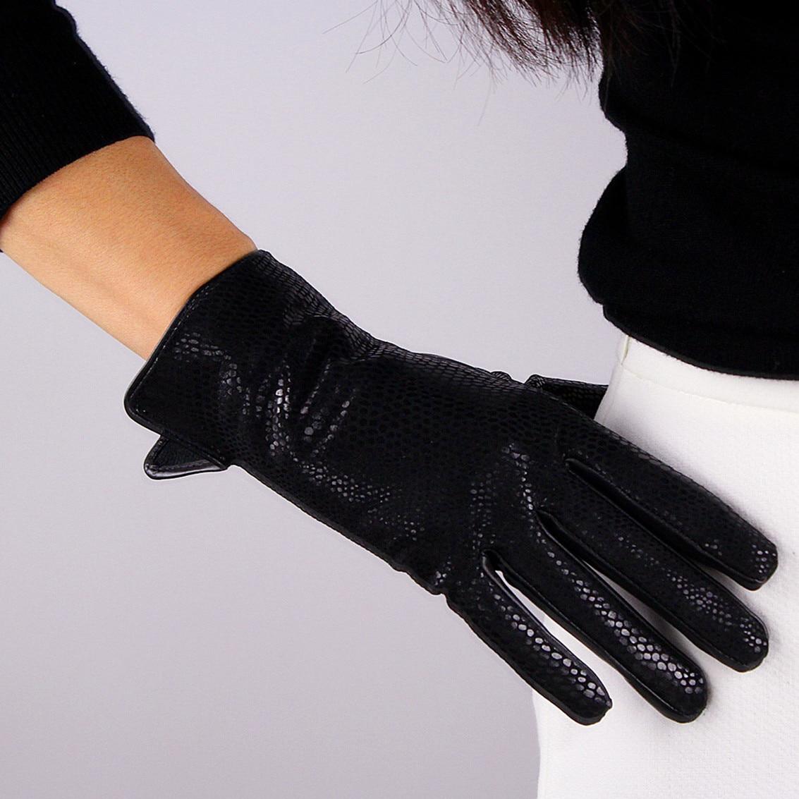 Womens black leather gloves medium - 2017 Fashion Gloves Genuine Pure Sheepskin Leather Black Serpentine Pattern Medium Long Women Velvet Lining