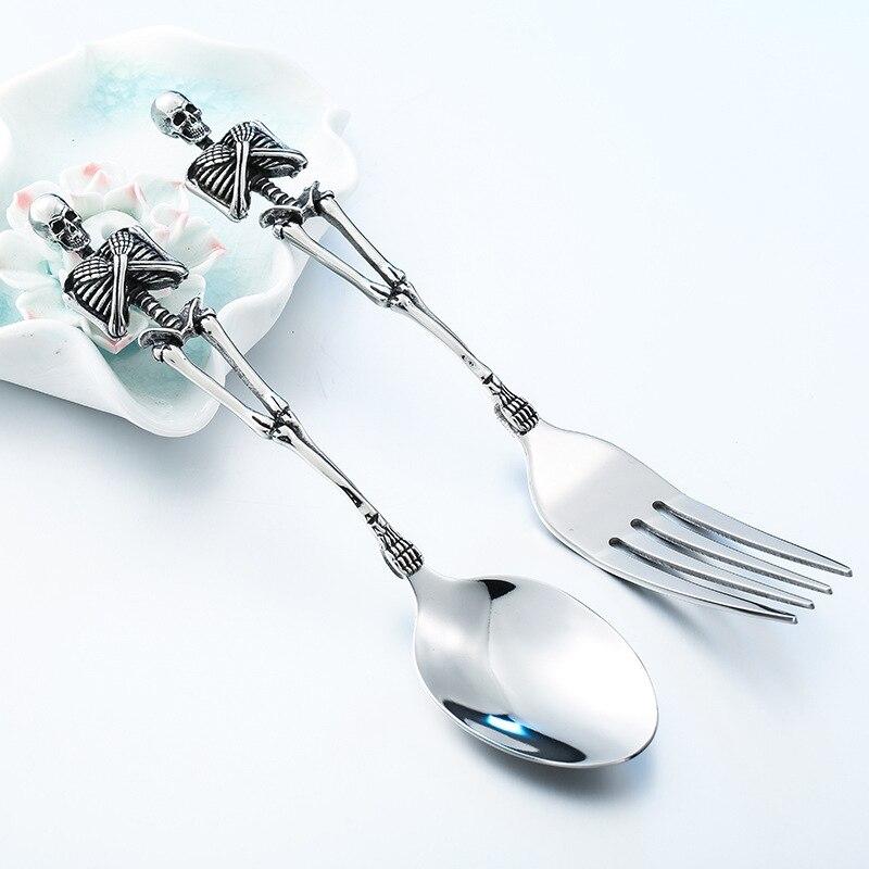 Unico Scheletri Posate Scheletro Forchetta Cucchiaio In Acciaio Inox Cranio Halloween Famiglia Vasellame Regalo Del Partito Metallo Posate Set