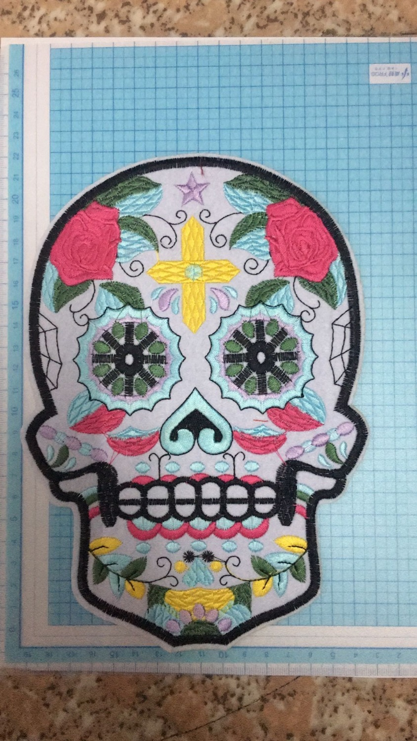 DZ  Reversal skull Sequined Patches for Clothes T-shirt Iron on/sew on Decorative Sewing Repair Decration 1pc