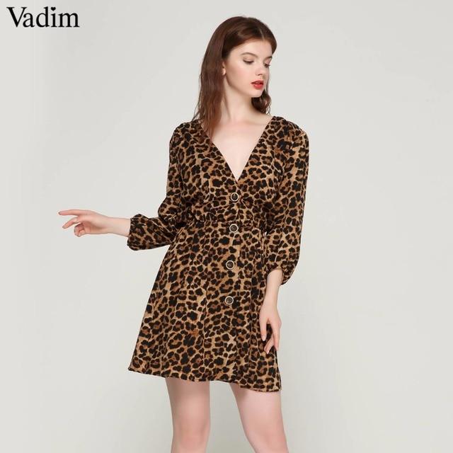 3e237c2dc Vadim mujer elegante cuello en V patrón de leopardo vestidos cintura  elástica de manga tres cuartos falda botones casual mini vestidos QA423