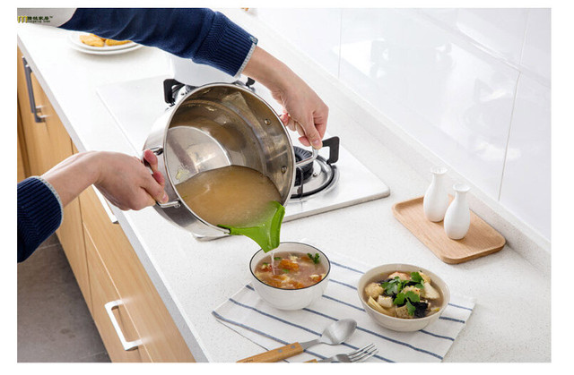 1PC Liquid Silicone Funnel Soup Pot Prevent Spills Circular Rim Deflector Anti leakage Cooking Tools Kitchen Accessories