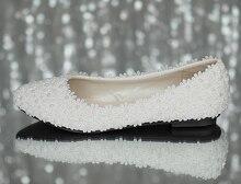 ทำด้วยมือรองเท้าแต่งงานเจ้าสาวสีขาวรองเท้าลูกไม้มุกเพื่อนเจ้าสาวแต่งงานแบนขนาดใหญ่ขนาด41-42