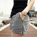 Bermuda xadrez preto e branco feminino verão Coreano cintura alta perna larga de linho grande tamanho shorts de algodão das mulheres elásticas calções