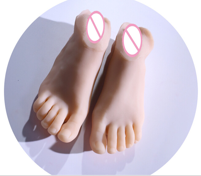 Top quality foot fetish toys, adult toys, solid silicone foot model. adult foot skin realistic fake vaginal my feet silicone female fake foot feet model for men 36 yard shoe model foot fetish sex toys drop shipping