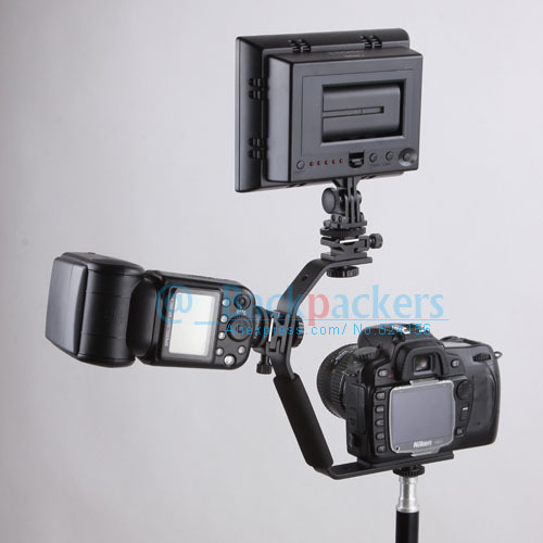 Camera Flash Bracket Light Stand Mount Holder with two Hot Shoe for Universal fl