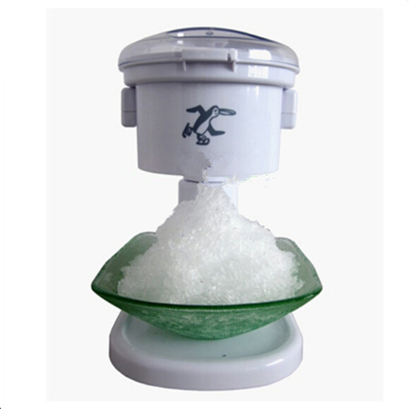Small electric ice cube crusher