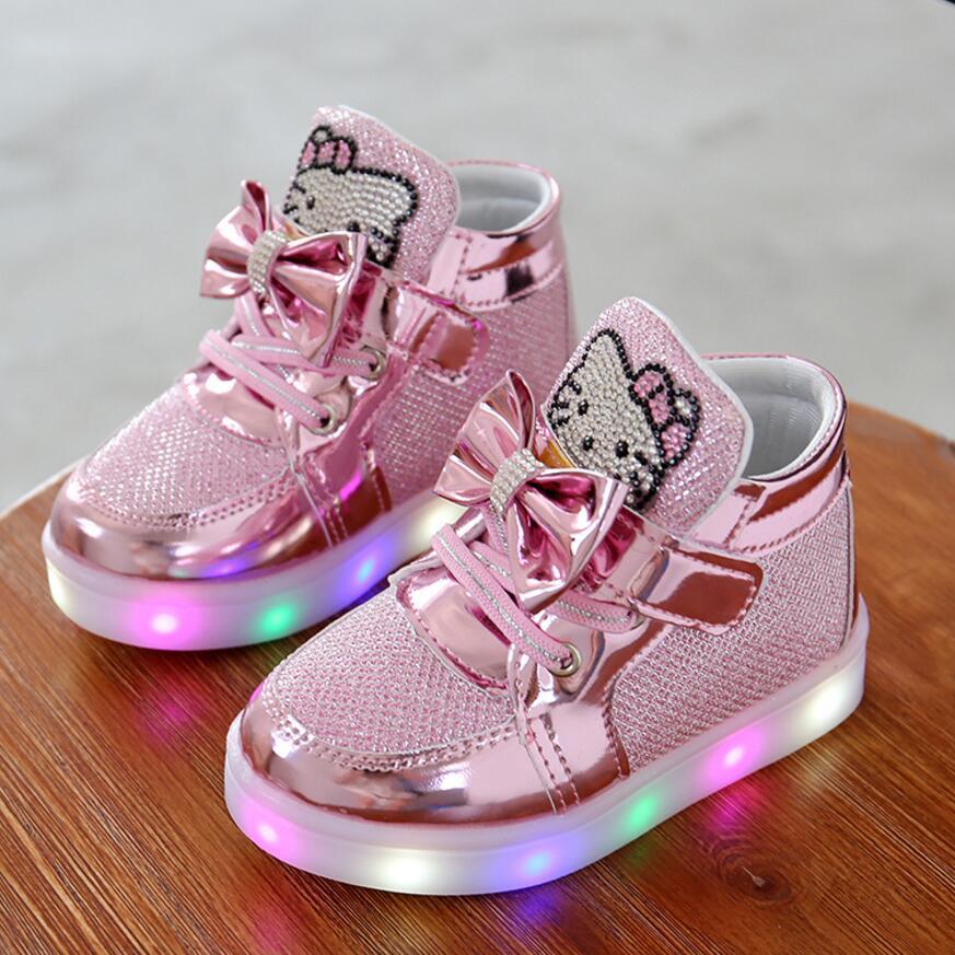 KKABBYII Crianças Sapatos Nova Primavera Olá Kitty Strass Sapatos Meninas Princesa Sapatos Bonitos Com Luz Led UE 21-30