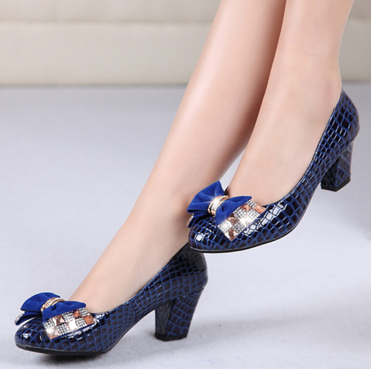 1e982819a65 Bow shoes Classic Pumps women Low heeled shoes leather high heels Crocodile  shoes women pumps Fashion-in Women s Pumps from Shoes on Aliexpress.com ...