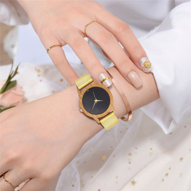 Creative Watches Women Plastic Band Bamboo Case Lady Wrist Watch Wooden Light Black Dial Modern New Style Analog Clock 4