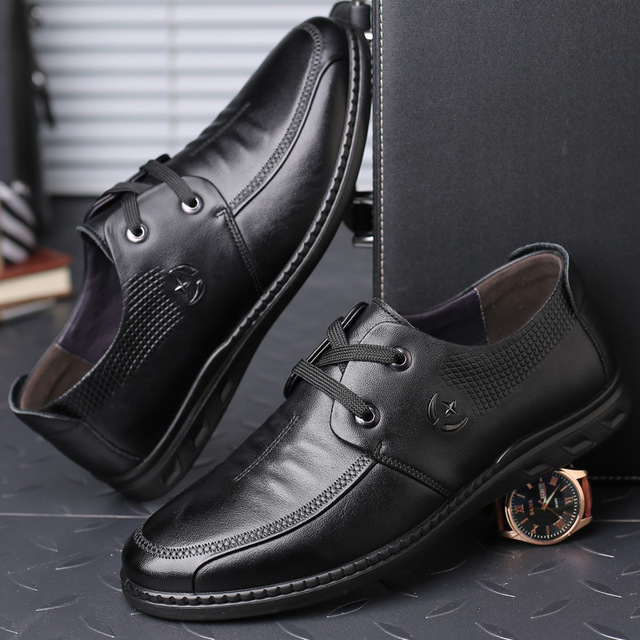 3323 New Fashion Casual Top Cowhide Leather Shoe Round Head with Breathable Men's Shoes