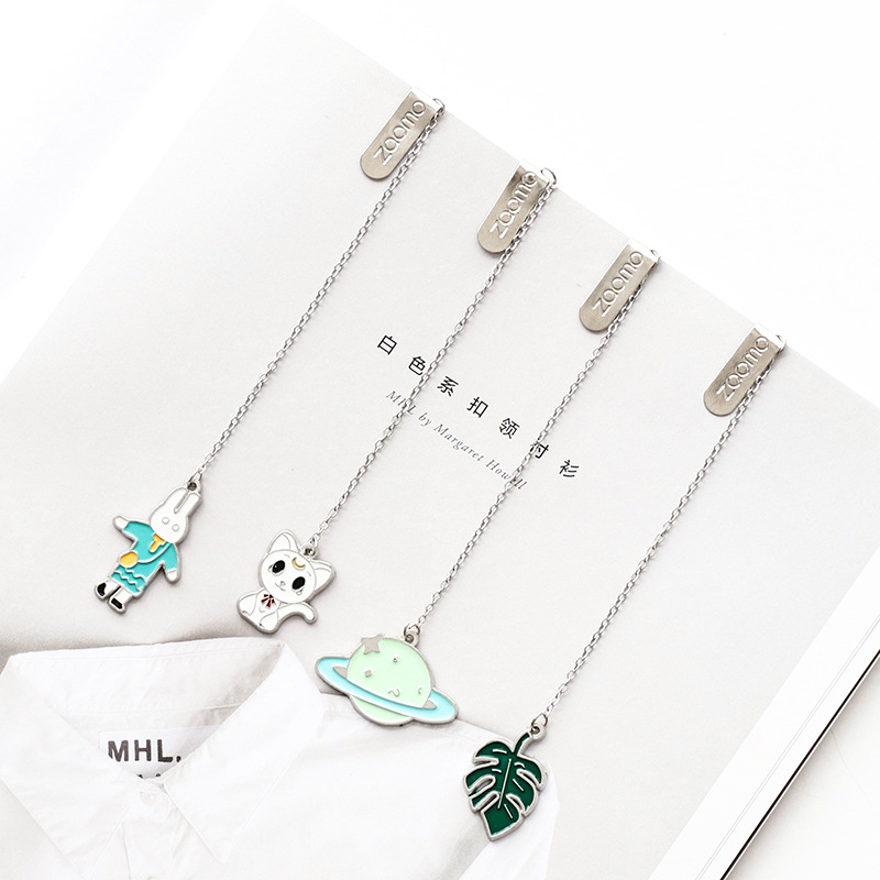 1pc Ins Style Cartoon Pendant Bookmark Creative Literary Metal Pages Marker Student Stationery Reward Small Gifts