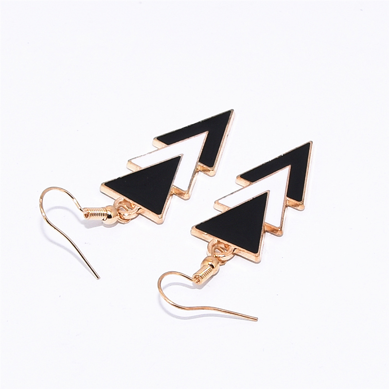 Korea Fashion Geometric Earrings Statement Black White Triangle Dangle Drop Earrings for Women Jewelry Oorbellen Aretes De Mujer 5