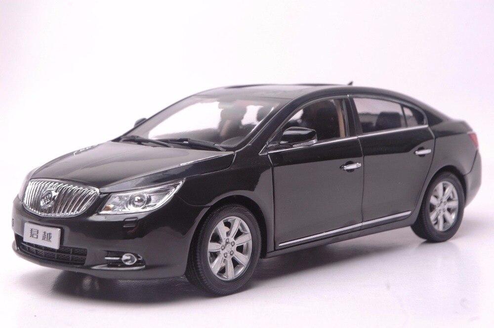 где купить 1:18 Diecast Model for GM Buick Lacrosse Black Alloy Toy Car Miniature Collection Gifts BORG WARD по лучшей цене