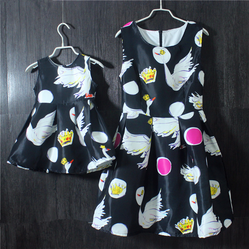Brand Spring Summer Family look sleeveless dresses large size kids clothes girls infant sundress mother and daughter black dress family look 2016 summer new kids girls european fashion printed short sleeved round neck dresses mother and daughter clothes
