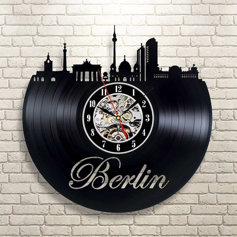 Noir Creux Allemagne Paysage Urbain LED Horloge Record Berlin Skyline Design Moderne CD Vinyle Horloge Murale Creative Main Art Horloge