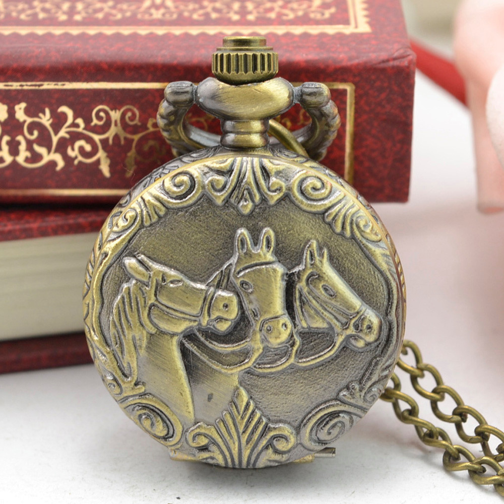 Style Watch Retro Bronze Design Pocket Watches With Chain Men Steampunk Pendant Necklace Pocket Watch Gift For Lovers Random XQ