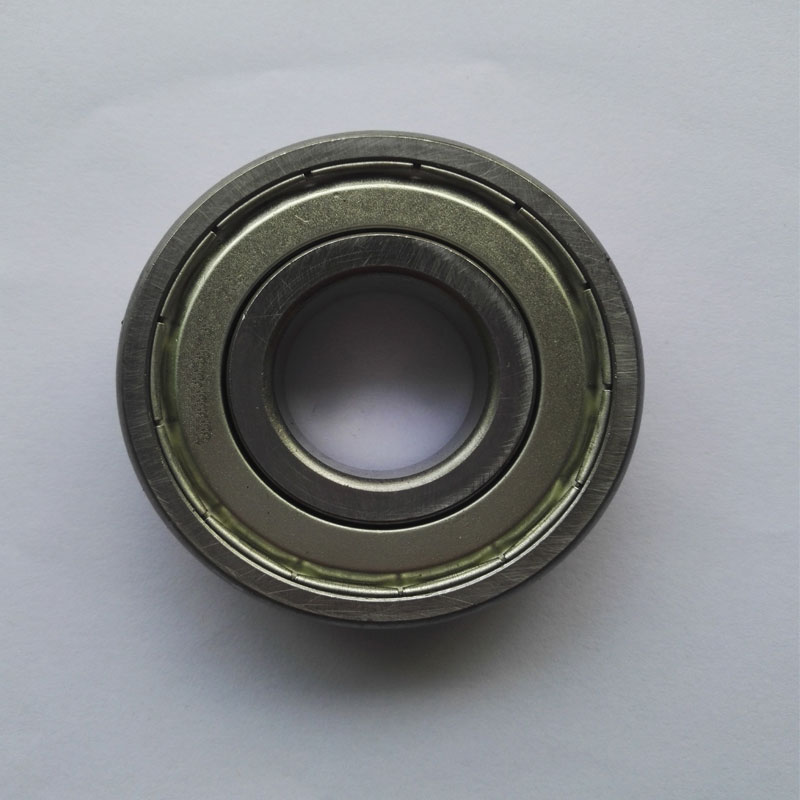 1 pieces Deep groove ball bearing 6203Z 6203 6203-2Z 6203ZZ size: 17X40X12MM