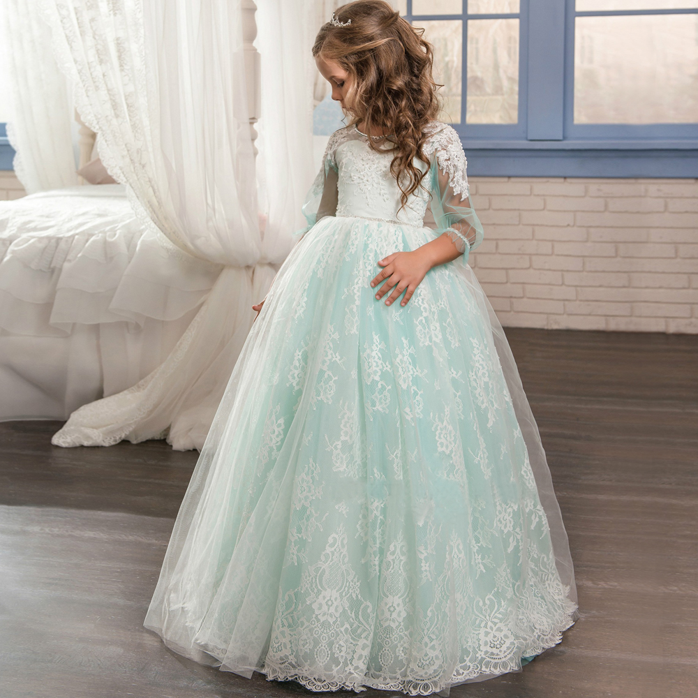 цена 2017 Green Flower Girl Dresses Formal Appliques O-neck Long Sleeves Ball Gown Sheer Lace First Communion Gown Pageant Dresses