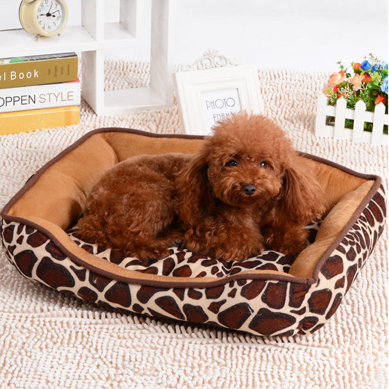 KIMHOME PET Cute Dog Beds For Small Dogs All Seasons Waterproof Soft Dog Bed For Medium Large Dogs Cotton Striped Pet House Mats