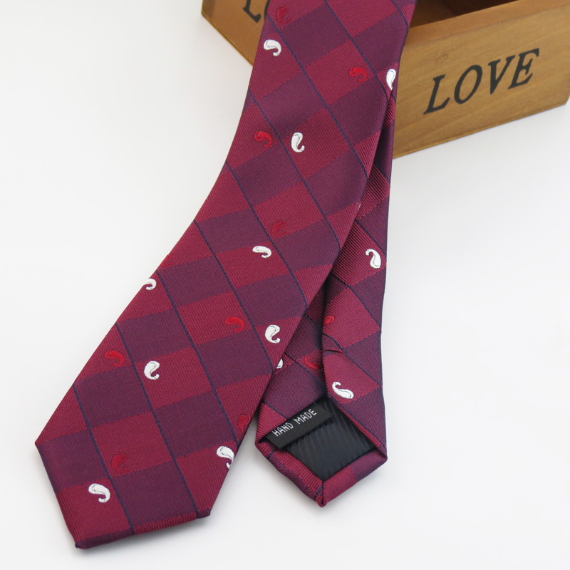 wine red ties white and Red paisley pattern design mens wedding fashion collocation preferred narrow ties
