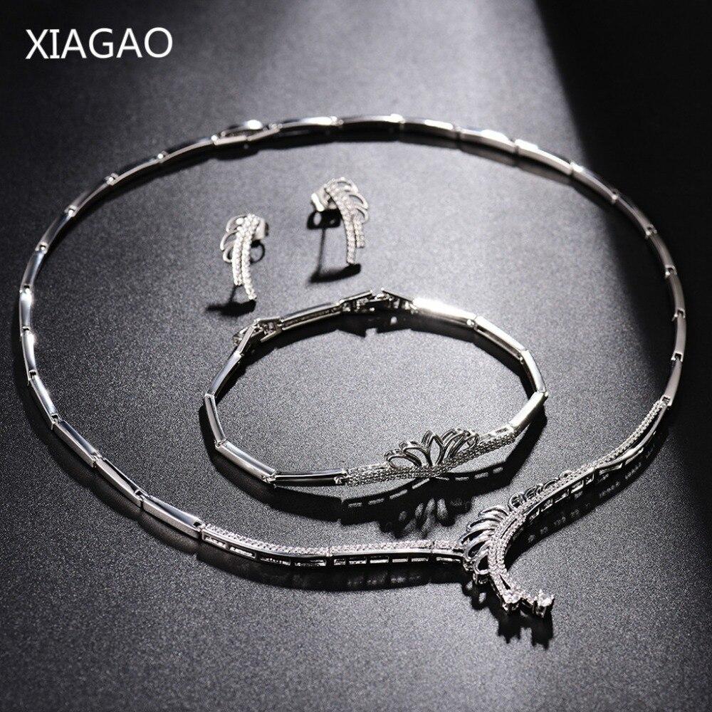 XIAGAO 2017 ensemble de bijoux Design creux en cristal autrichien couleur argent femmes feuilles de mariage collier boucles d'oreilles Bracelet Bijouterie