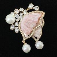 Korean fashion brooch female shell flower pearl micro embossed brooch pin