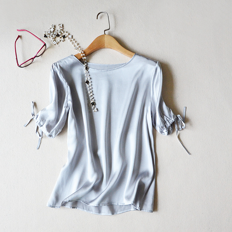 100% Silk Blouse Women Lightweight Fabric Solid O Neck Tie Short Sleeves Simple Design 2 Colors Elegant Style New Fashion 2018