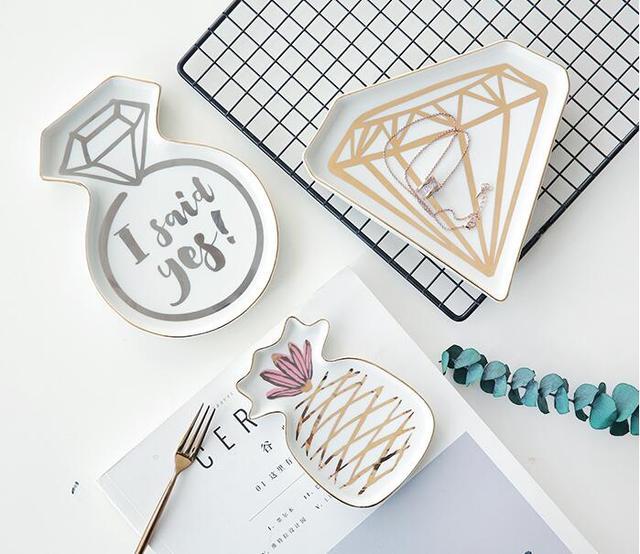 A set of 2 Piece Creative Ceramic Jewelry Tray 3