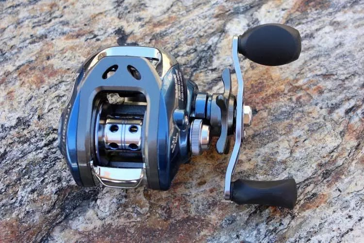 Bait Casting Reel High Speed 6.31 Saltwater Fishing Reel Light Weight LeftRight BlackBlue Aluminium Alloy Jigging Reel  (2)