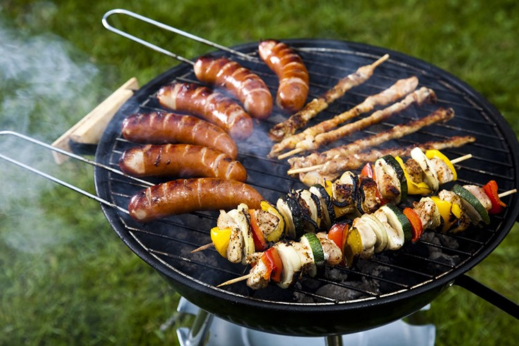 Cheap charcoal barbecue grills