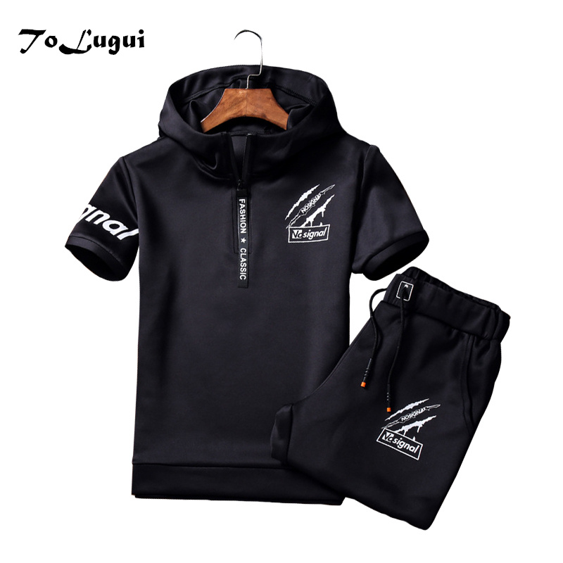 Mens Sportswear Short Sleeve Hooded Sweatshirt And Pants 2018 Brand Mens Clothing Windproof Breathable Tracksuit Set Pullover
