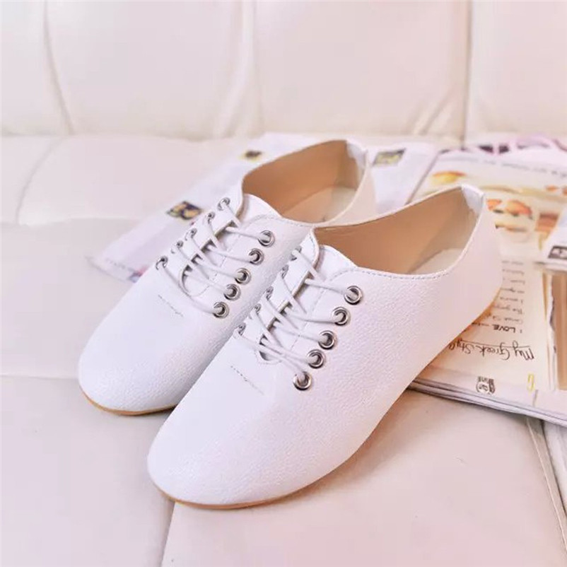 2018 Vintage Women Spring Soft PU Leather Flat Heel Casual Shoes Lace Up Women Shoes Retro Leisure Comfortable Flat Shoes #40 fashion women breathable flat heel anti skidding beach shoes rome sandals outdoor leisure flat bottom comfortable shoes lace up