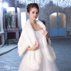 Image 3 - Новая теплая шаль из искусственного меха, зимняя накидка для свадьбы, аксессуары для невесты, модная женская меховая шаль, куртка ручной работы
