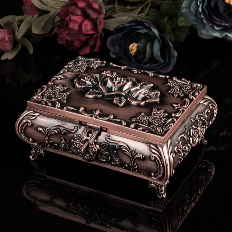 Classic Fashion Personalized Vintage Metal Jewelry Case Jewelry