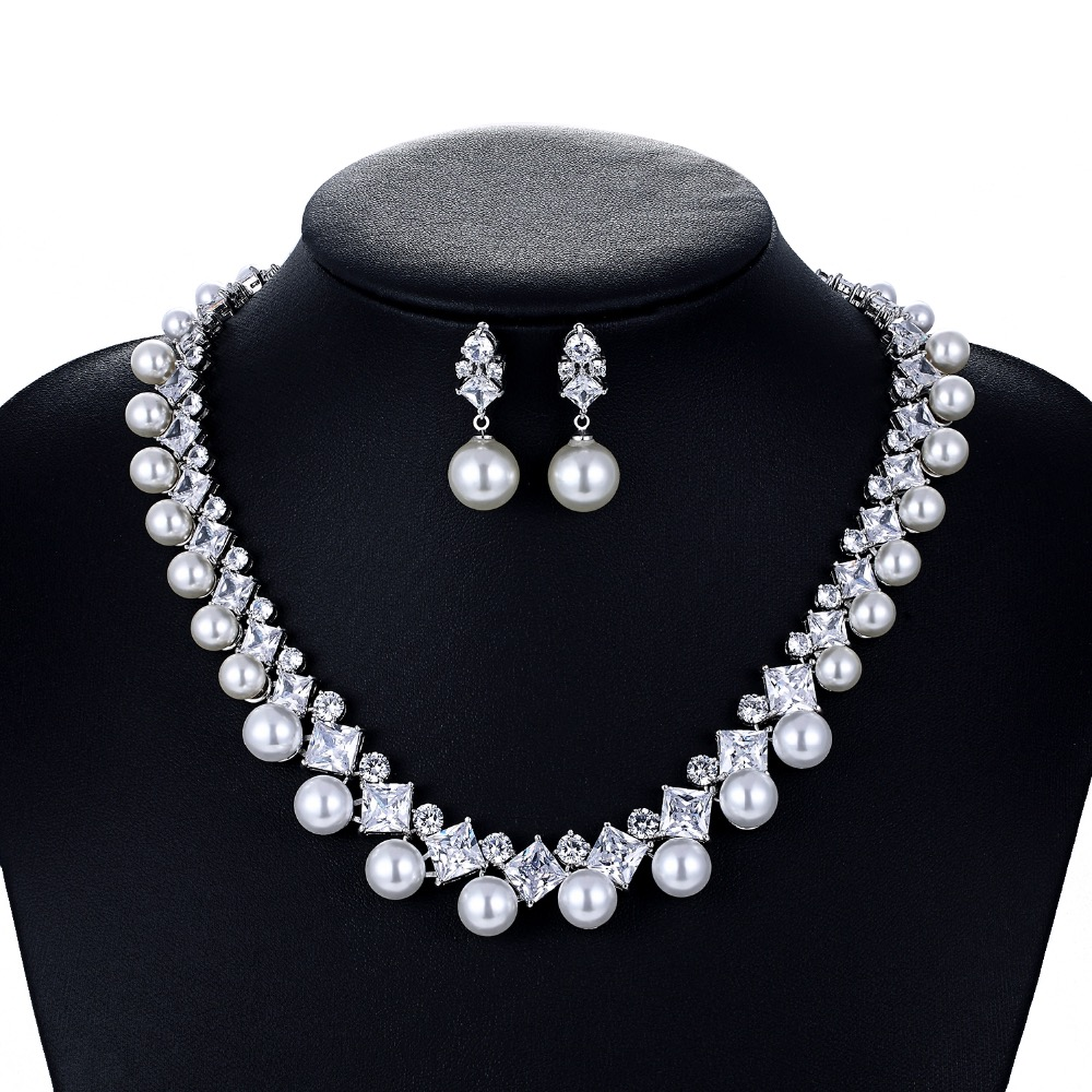 Cristal CZ cubique zircone mariée mariage perle collier boucle d'oreille ensemble bijoux ensembles pour femmes accessoires CN10130