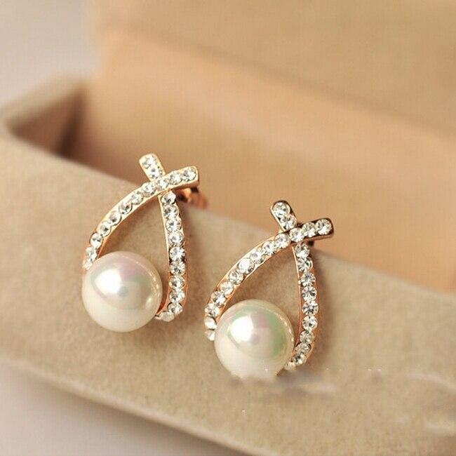 2017 New Hot !!! Fashion Ladies Fine Jewelry Gold Color Cu Cross Rhinestone Fresh And Sweet Pearl Stud Earrings For Women E-123