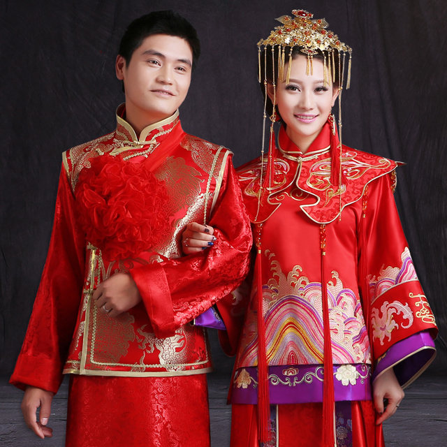 Taiwan in Traditional Clothing Wedding Gowns