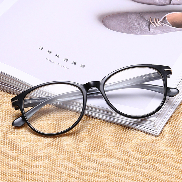 Ultralight Toughness Anti Fatigue PC Unbreakable Reading Glasses Men Women High Quality Presbyopic Eyeglasses TL18146