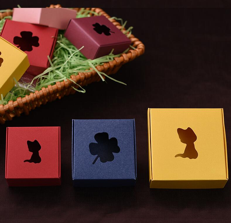 Colored Cake Boxes Suppliers