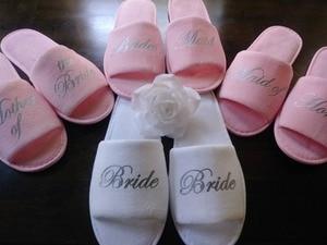 Zapatillas rosas personalizadas para dama de honor, boda, fiesta nupcial, regalos de recuerdo para despedida de soltera, regalos de recuerdo de boda 01